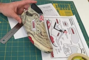 How to draw on a shoe last
